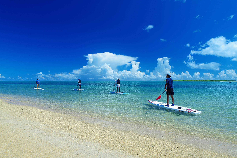 小浜島をサップで周遊ツアー