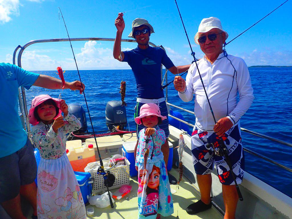 お子様も楽しめる小浜島フィッシングツアー
