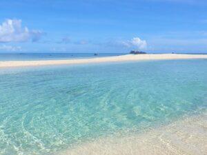 海に浮かぶ幻の島